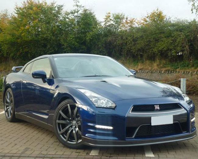 Sports Car Hire in UK | Self Drive & Chauffeur Driven Sports Cars